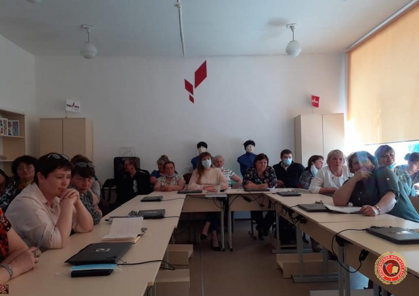 В Топчихинском районе состоялся ряд мероприятий с привлечением юристов и психологов АлтГУ